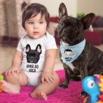 1 Bandana para cachorro e 1 body de bebê personalizados